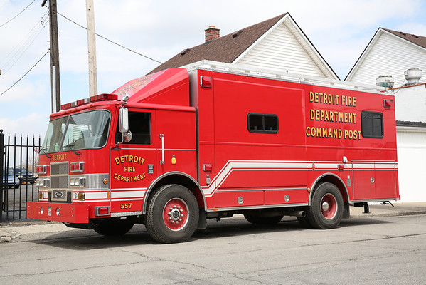 DETROIT FIRE APPARATUS